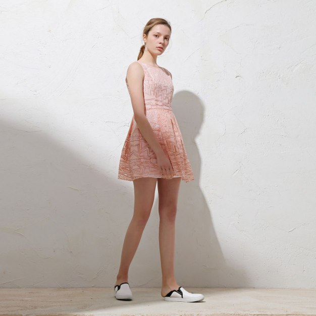 Red Round Neck Sleeveless 3/4 Length Shaped Women's Dress