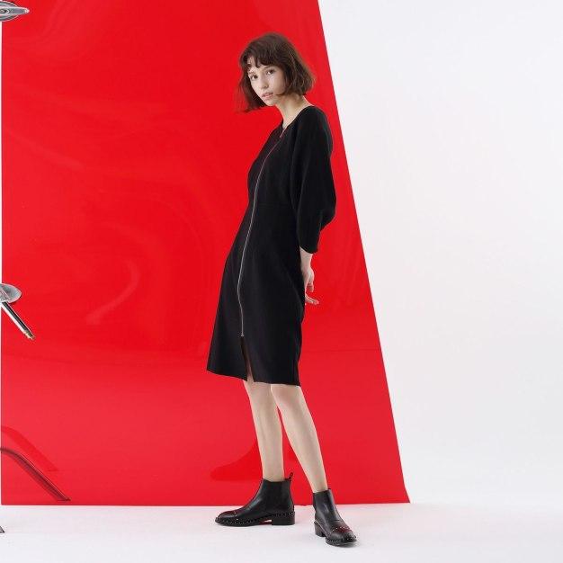 Black Plain Round Neck Long Sleeve Women's Knitwear
