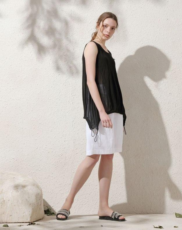 Black Plain Round Neck Elastic Sleeveless Women's Knitwear
